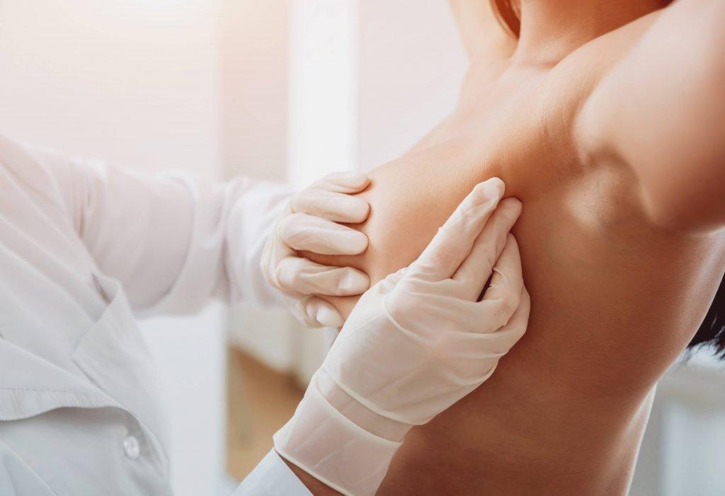 borstonderzoek-borstprothesen