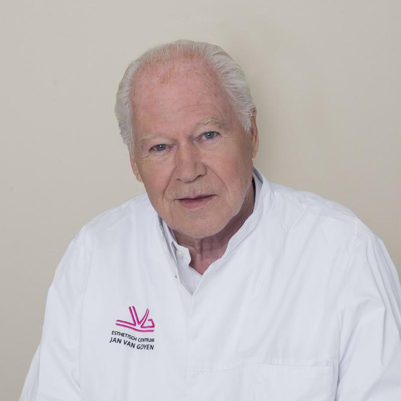 Gijs Nolst Trenite at Aesthetic Center Jan van goyen