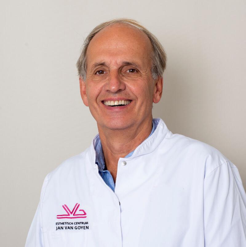 Gijs van Selms plastic surgeon Jan van Goyen